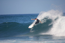 Taylor Knox Showing Classic Form at Shipwrecks